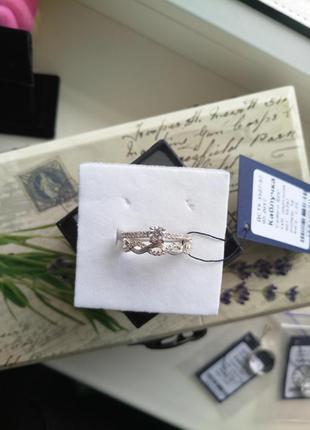 Безумно красивое кольцо серебро 925 пробы,  размер 18