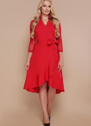 Эффектное красное платье/батал