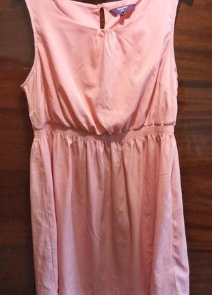 Розовое легкое платье р.52