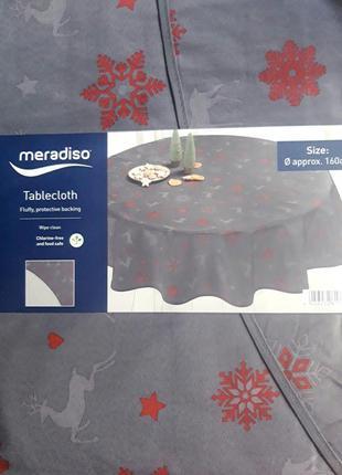 Новогодняя скатерть на круглый стол meradiso
