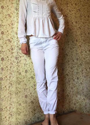 Летний костюм штаны benetton блузка ckh