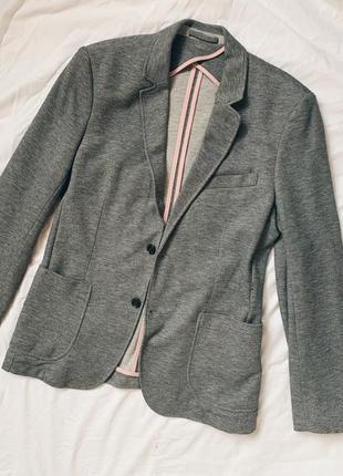 Серый пиджак zara