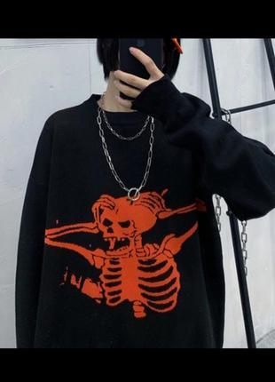 Черный оверсайз большой свитер с вышивкой рисунком скелет череп готический6 фото