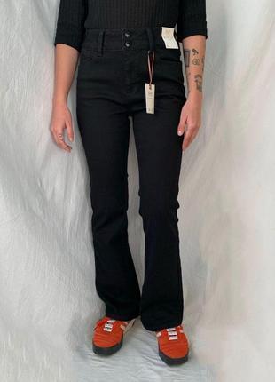 Джинсы баткат bootcut шерстяные брендовые на высокой посадке черные  клешенные