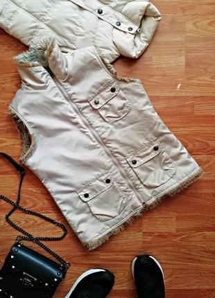 Подростковый двухсторонний брендовый жилет - безрукавка для девочки gap -12-14 лет