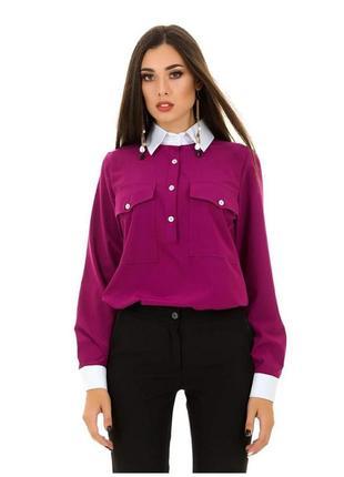 Женская яркая рубашка на планке