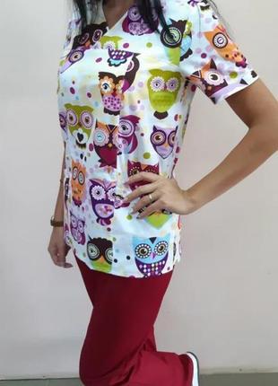 Женская медицинская блуза с совами