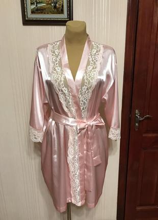 Нежно-розовый халатик с поясом