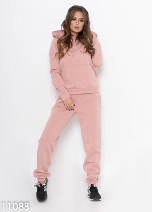 Розовый спортивный костюм из трикотажа на флисе