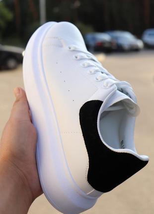 Кеды белые с черным задником. размер 45