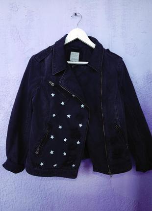 Джинсовая куртка-косуха с принтом