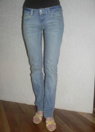 Брендовые фирменные джинсы blend италия голубые узкие прямые модные стильные качественные