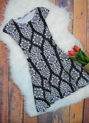 Трикотажное платье с принтом-узором topshop размер uk10 (s) черное белое