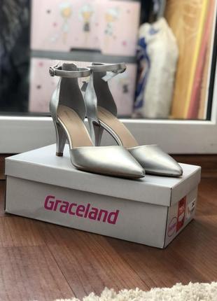 Женские туфли graceland