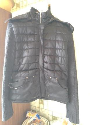 Курточка с вязаными рукавами , куртка