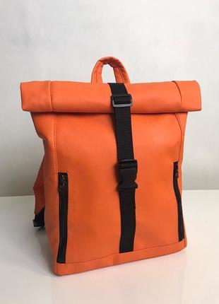 Яркий универсальный оранжевый рюкзак  для спортзала