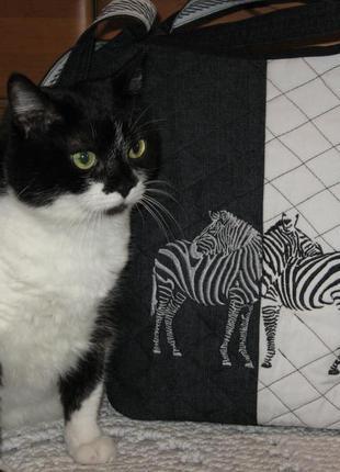 Сумка джинсовая с вышивкой зебры