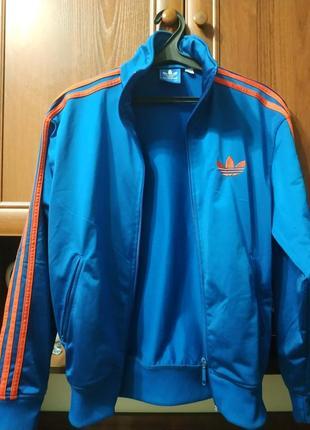 Adidas олімпійка