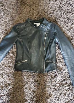 Кожаная куртка  mango  xs натур кожа