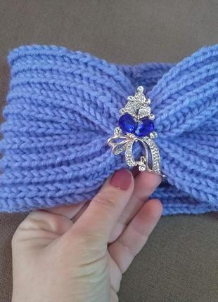 Голубая повязка на голову