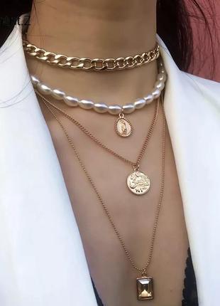 Ожерелье чокер цепочка многослойная золотистая с жемчугом