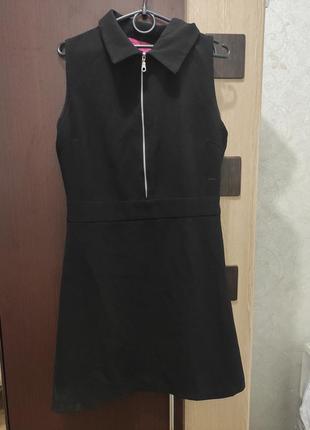 Чёрное платье трапеция,платье на молнии,платье с воротником