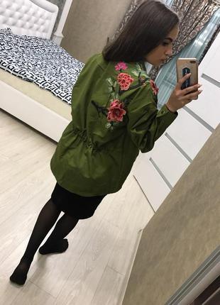 Куртка парка с вышивкой