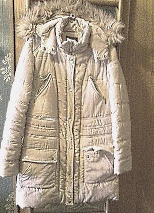 Чудесная куртка с капюшоном, длина 84см, на размер xl-xxl
