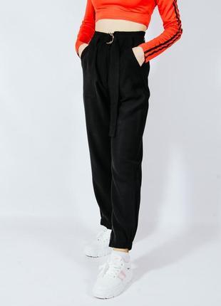 Женские брюки черные, классические штаны широкие, брюки бананы, брюки с защипами