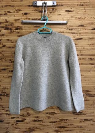 Шерстяной свитер пуловер cos светло- серого цвета оверсайз