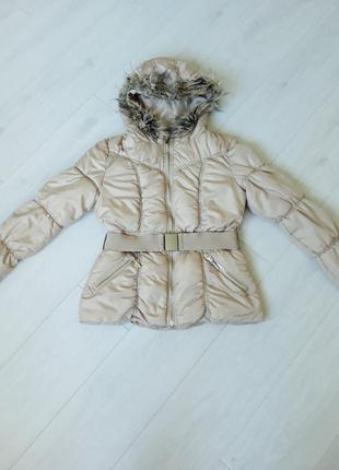 Шикарная курточка на синтепоне куртка с капюшоном