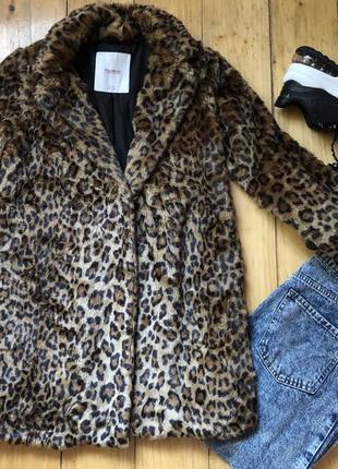 Модная шубка трендовая теплое пальто зима