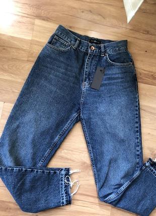 Нові стильні джинси мом
