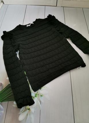 Модный свитер с воланами размер м-л zara оригинал