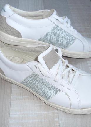 Кожаные кроссовки umbro - оригинал, р. 39, 5