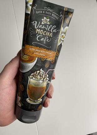 Парфюмированный лосьон крем для тела bath and body works vanilla mocha café