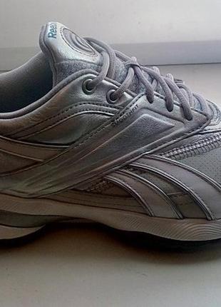 Reebok кожаные кроссовки для занятий спортом, фитнеса  оригинал 38 размер