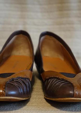 Элегантные очень мягкие комбинированные кожаные туфли barbieri италия  39 р.