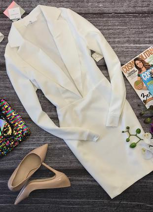 Стильное платье-футляр missguided с лацканами и откровенным декольте