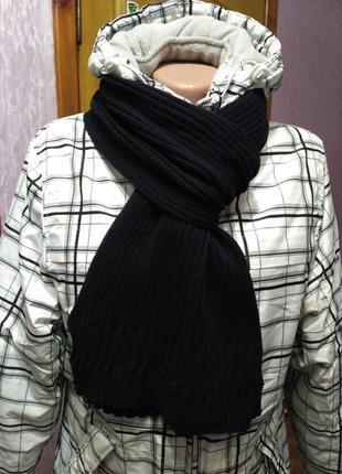 Чёрный тёплый шарф