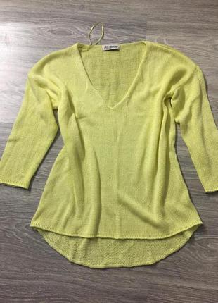 Легкий свитерок stradivarius