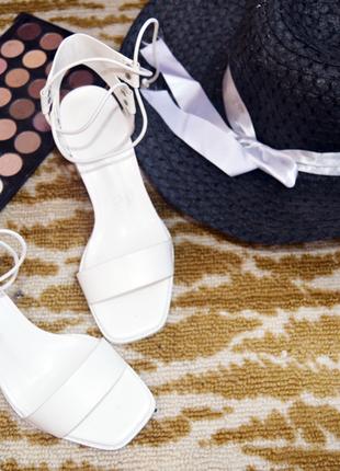 Мега модные босоножки на  шнуровке,asos