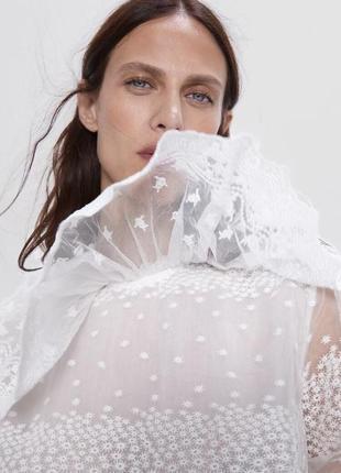 Блуза с воланом zara размера m
