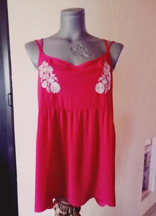 Суидки 50%!!'блуза,топ,маечка кораллового цвета с вышивкой 50-52 р