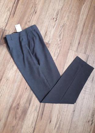 Нові сірі фірмові завужені класичні брюки (primark)