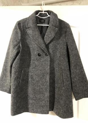 Пальто the outerwear большой размер. новое!