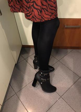 Шкіряні чобітки сапожки ботинки 39 р