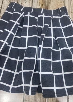 Стильная юбка в клетку на s-m