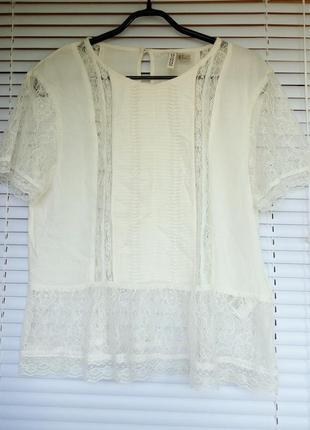 Красивая блузка с гипюровое вставками бренда h&m