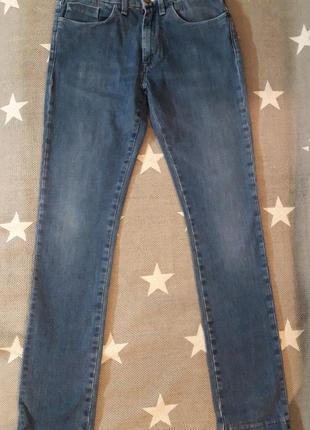 Acne. джинсы оригинал. размер 31/32